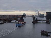 Langebro -RMS Copenhagen.jpg