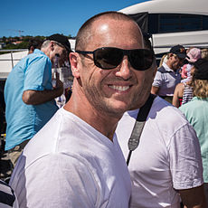 Larry Emdur farewells Perpetual Loyal for the 2014 Sydney Hobart Race.jpg