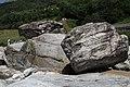 Lavertezzo. Il fiume. 2011-08-13 12-28-09.jpg