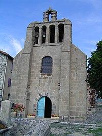 Le Monastier-sur-Gazeille, église St.Jean with bell gable.JPG