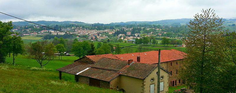 File:Le village de Cunhlat - panoramio.jpg