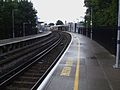 Lewisham railway stn platform 2 look north.JPG