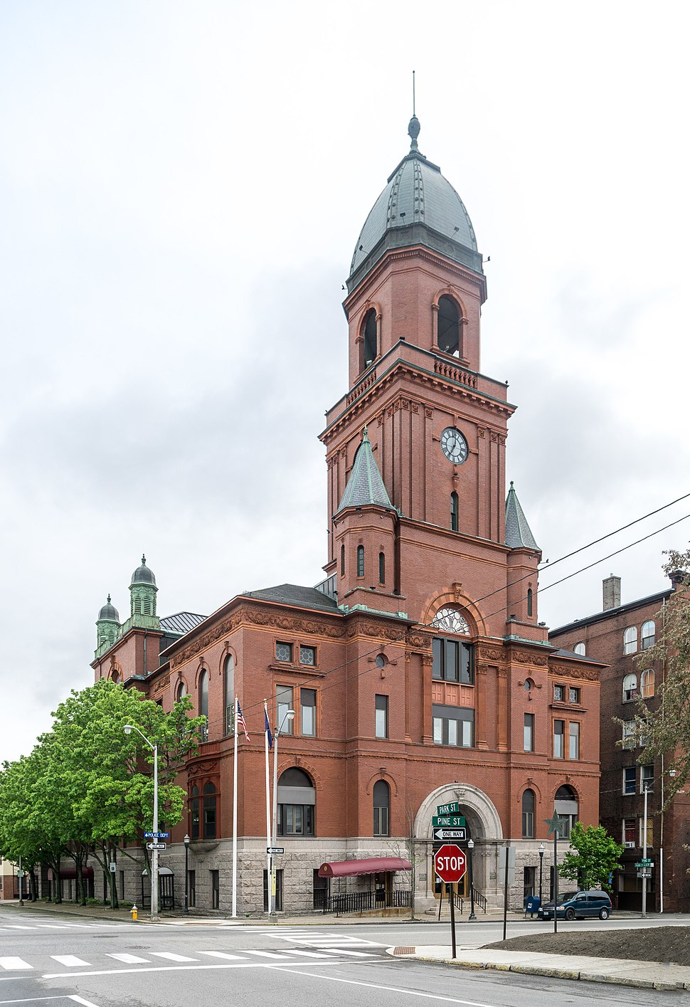 Lewiston City Hall, Maine