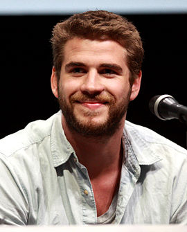Liam Hemsworth by Gage Skidmore.jpg