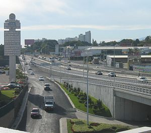 Cuernavaca - Highway in the newer area of the city