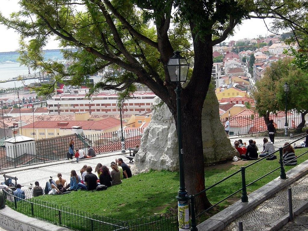 Belvédère Miradouro de Santa Catarina à Lisbonne - Photo de Angelo Romano