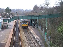 Llandaf railway station in 2009.jpg