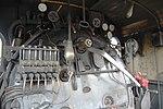 Locomotiva FS 640 121 in cabina 02.jpg