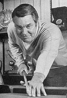 Lon Simmons American sports broadcaster