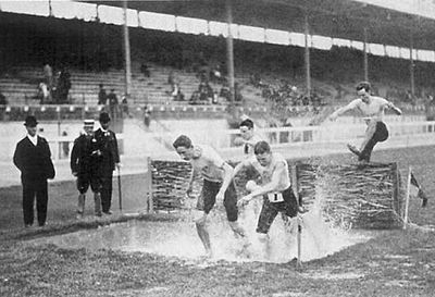 1908 Summer Olympics in London: The water jump in the steeplechase London 1908 Steeplechasea.jpg