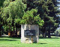 Los Altos entrance sign 2a.jpg