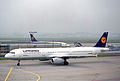 Lufthansa Airbus A321-131; D-AIRH@FRA;11.10.1995 (6083561253).jpg