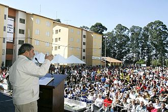 Luiz Inácio Lula da Silva - Lula gives a speech in Diadema in a public event launching further social assistance in the form of subsidized housing and Bolsa Família credits