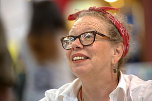Lynda Barry - Image: Lynda Barry at AP Expo 7714
