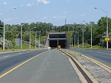 Main Street Tunnel, Welland.jpg