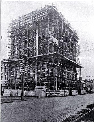 Manchester Courts - Manchester Courts under construction in 1906