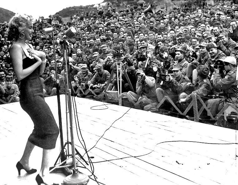 Marilyn Monroe - 1954