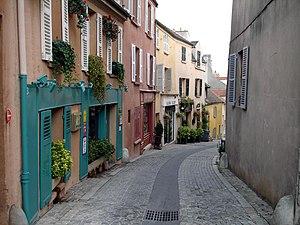 Marly-le-Roi - The main street in Marly-le-Roi
