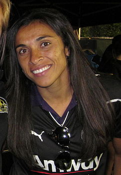 Marta at Union at Earthquakes 2010-09-15.jpg