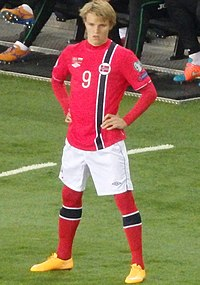699a32fdc51 Ødegaard on his competitive debut for Norway in a UEFA Euro 2016 qualifying  match against Bulgaria in 2014