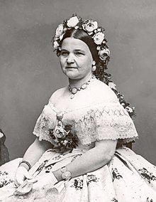 http://upload.wikimedia.org/wikipedia/commons/thumb/e/ef/Mary_Todd_Lincoln2crop.jpg/220px-Mary_Todd_Lincoln2crop.jpg