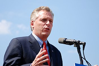 McAuliffe speaking at Frying Pan Park in Hernd...