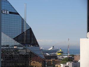 Mein Schiff 2 legt ab Tallinn am 13. Juni 2012.JPG