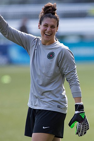 Michelle Betos - Betos playing for the Thorns in 2016