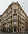 Miethaus, Sog. Palais Ölzelt (22600) stitch IMG 6710 - IMG 6712.jpg