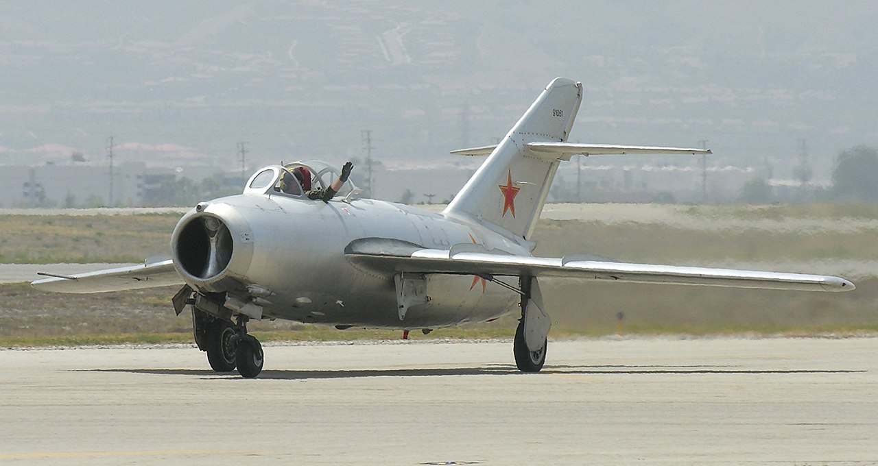 Mikoyan MiG-15, Chino, California.jpg
