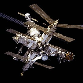 Mir from STS-81.jpg