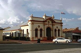 Cabonne Council - Image: Molong Town Hall