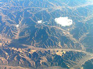 (En): In mongolia (Gobi desert) (Fr): En mongo...