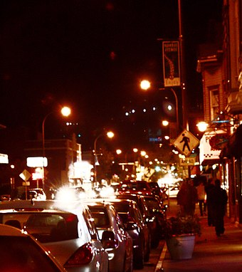 Monroe Avenue bars at night Monroenight.jpg