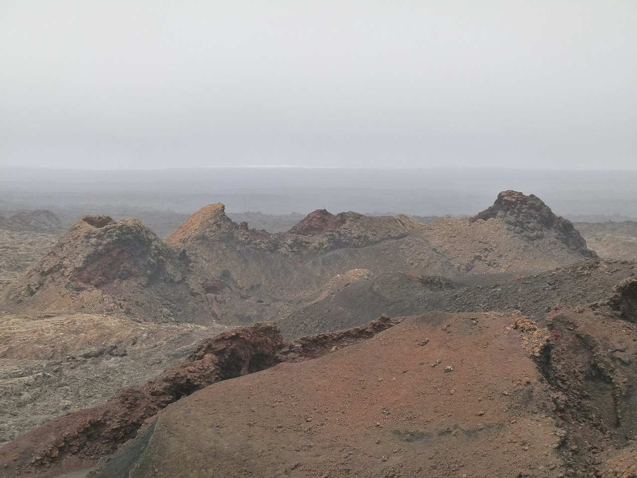File Montanas Del Fuego Timanfaya National Park On A Foggy Rainy Day Lanzarote 05 Jpg Wikimedia Commons