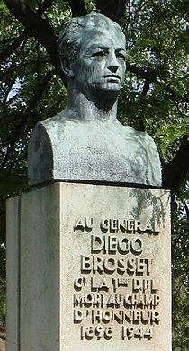 Monument Diego Brosset-Paris.jpg