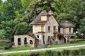Moulin au Hameau de la Reine (2).jpg