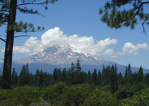 Mt Shasta from CA89