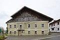 Mutters Kirchplatz 1.jpg