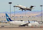N328FL Embraer 505 Phenom 300 CN- 50500097 (9792767353).jpg