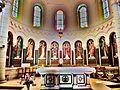 Nef de la basilique de sainte Jeanne Antide.JPG