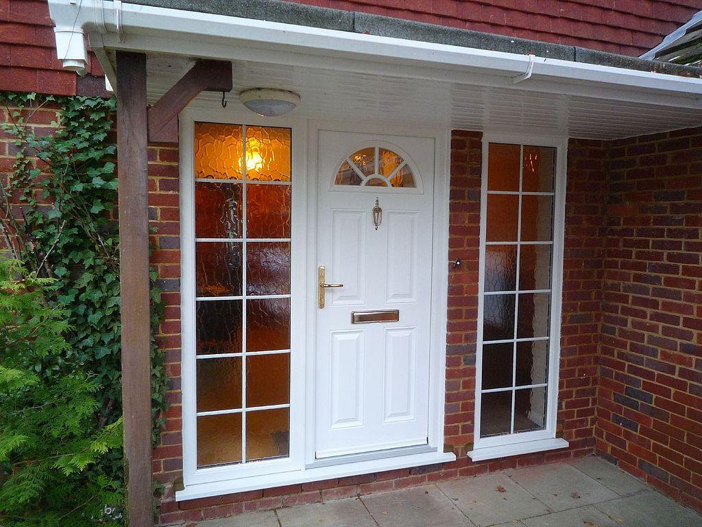 File new front door 5220796607 jpg wikimedia commons for Door design new 2017