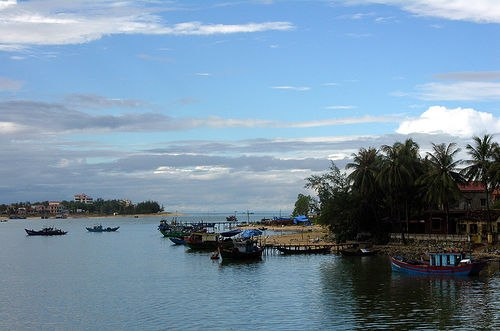 Nhat Le River