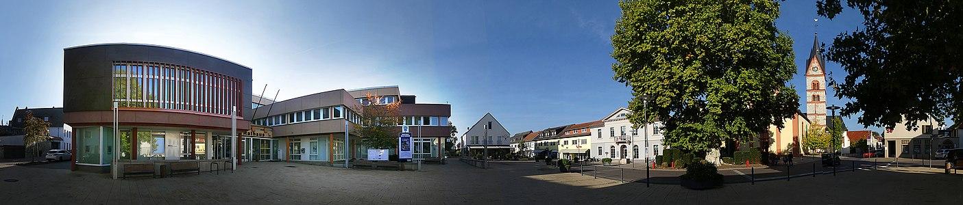 Nieder-Olm-Rathaus-Panorama.jpg