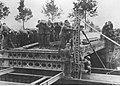 Niemieccy saperzy podczas walk o Holandię (2-408).jpg