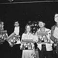 Nieuwe platenserie Phonogram, Aart Staartjes (rechts), Bestanddeelnr 926-6749.jpg