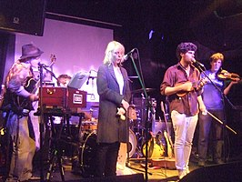 Noah and the Whale in 2007, nog met Laura Marling.
