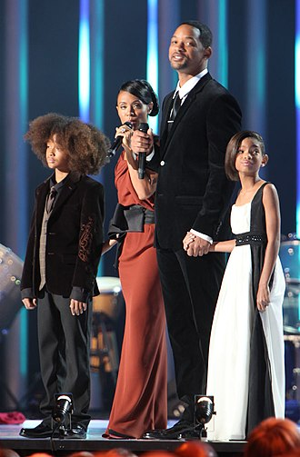 Jada Pinkett Smith - Pinkett Smith with her husband and children at the 2009 Nobel Peace Prize Concert