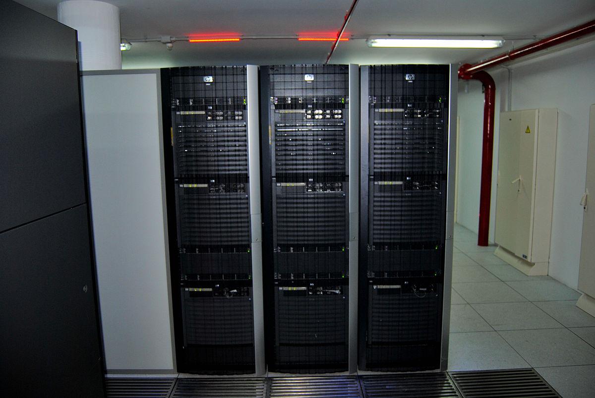Wiki chat server free