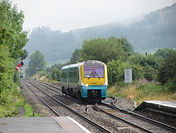 Northbound train approaching Craven Arms - geograph.org.uk - 4088005.jpg